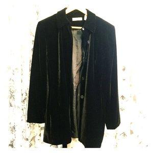 Gorgeous vintage black velvet button up jacket